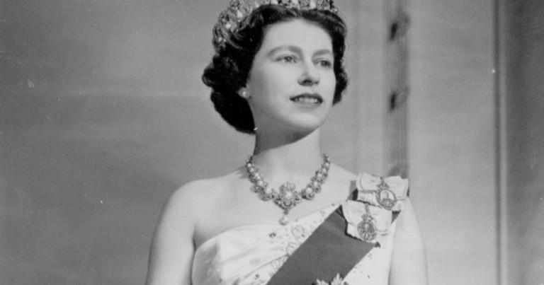lg_Queen-Elizabeth-II.14975937103217.jpg